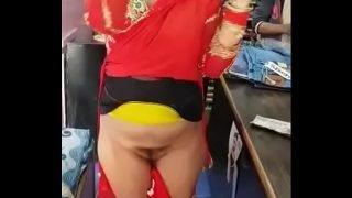 Desi hijjra kinnar getting naked in shop