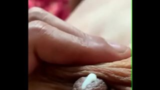 Hot and sexy mallu chechi fucked with moaning