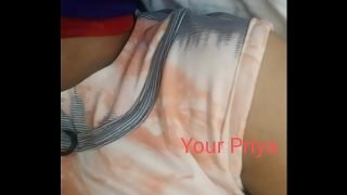 Very beautiful indian girl sexy hindi video call leaked by his boyfriend in hd